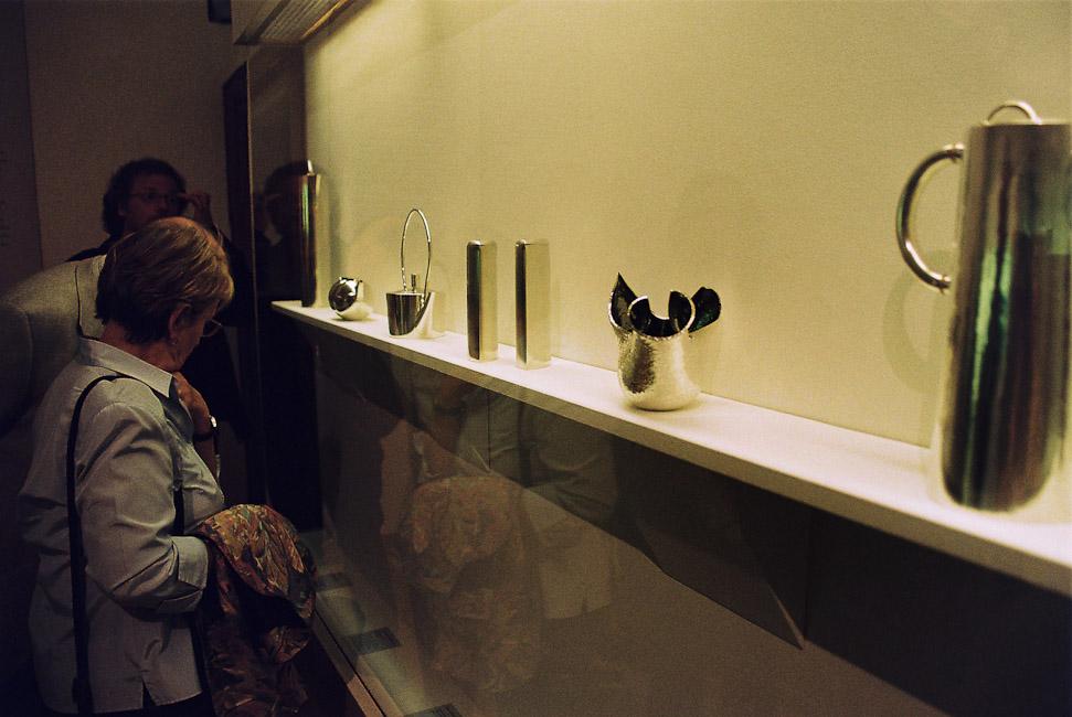 2009-2_13_In_der_Ausstellung