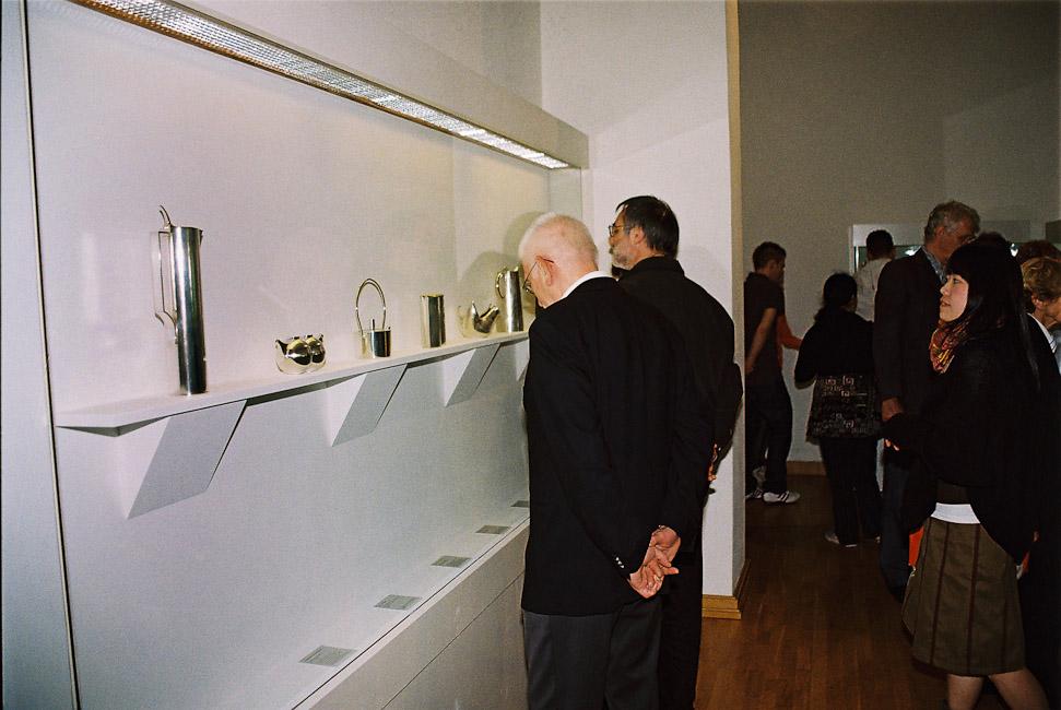 2009-2_18In_der_Ausstellung