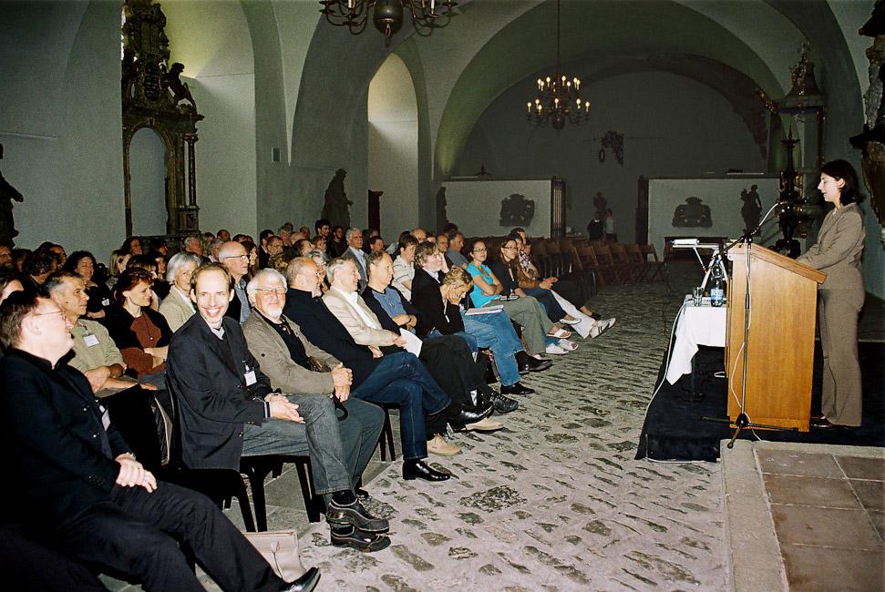2009-5_01_Begr_ung_Staatssekret_rin_Frau_Katja_Hessel